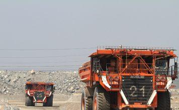 Mining Truck in der Kupfermine Lumwana, Sambia / Mining Truck in the Copper Mine of Lumwana, Zambia