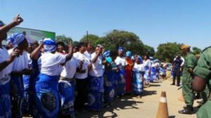MMD cadres sing outside DEC offices