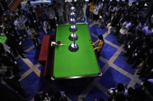3-year-old snooker player in China