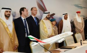 Left to Right: His Highness Sheikh Hamdan bin Mohammed Al Maktoum, Crown Prince of Dubai; Fabrice Brégier, Airbus President and CEO; Tom Enders, Chief Executive EADS; Sheikh Mohammed bin Rashid Al Maktoum UAE Vice President, Prime Minister and Ruler of Dubai and His Highness Sheikh Ahmed bin Saeed Al Maktoum, Chairman and Chief Executive, Emirates Airline and Group.