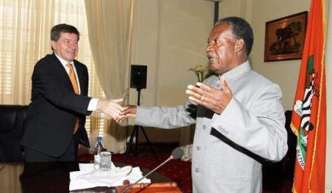 President Michael Sata shake hands with Guy Ryder, Director General Of International Labour Organization (ILO) at State house