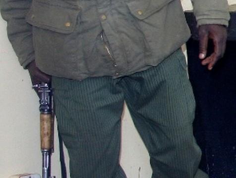 Police gun robber