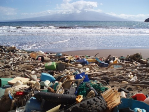 370 Reveals Garbage Pollution Problem in the Ocean