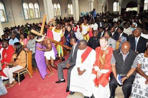 His Excellency Michael Chilufya Sata attending the Veneration of the Cross at St Ignatius Parish with Dr Kenneth David Kaunda, Mr. Rupiah Bwezani Banda, Ms. Edith Nawakwi, Dr Nevers Mumba and Mr. Mike Mulongoti.