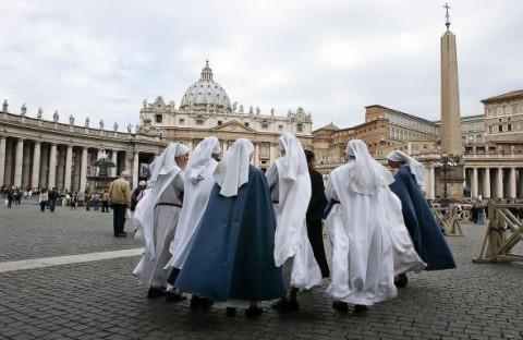 nuns vatican