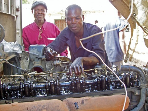 Auto mechanics class at Chawama Youth Resource Centre