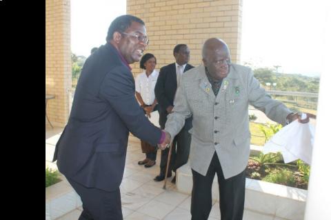 Dr Chibumba bidding farewell to Dr Kaunda