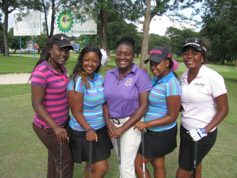 Zambia Ladies Golf Union president, Moona Mwila, with the some of the Zambia amateurs. From left to right- Kaela Mulenga, Melissa Nawa, Moona Mwila, Tina Nawa and Lorna Mwenda. Photo Credit- WGSA