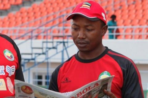 MOZAMBIQUE head coach João Chissano