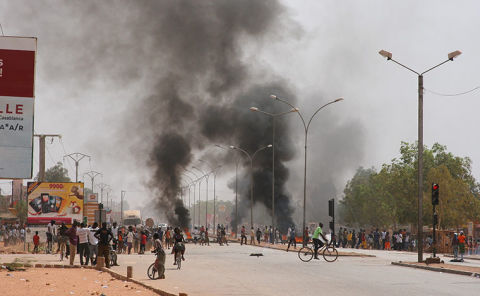 Burkina parliament set ablaze in protests