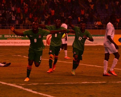 Chipolopolo striker Emmanuel Mayuka says team work helped Zambia to a 3 - 0 victory over Niger in a 2015 Africa Cup of Nations qualification match played at Levy Mwanawasa Stadium on Wednesday