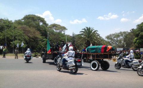 Michael Sata's body returns to Zambia via Kenneth Kaunda International Airport on Saturday, November 1st. Pictures from the Facebook page of QFM News Zambia