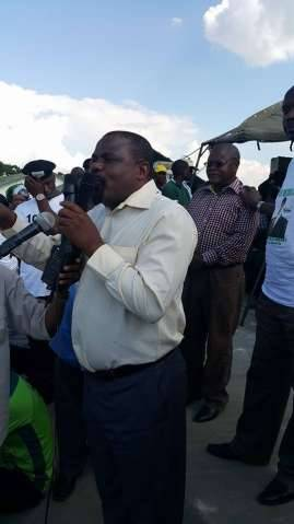 Opposition members have supported the Edgar Lungu Campaign. Mike Mulongoti and Father Bwalya and George Chulumanda