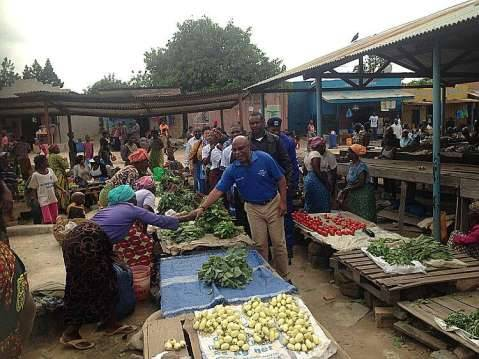 Nevers Mumba Greeting marketeers  in Solwezi