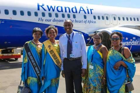 RwandAir staff members