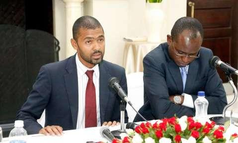 Acting Chief Government spokesperson Vincent Mwale with Special Assistant to the President (Press and Public Relations) Amos Chanda during a Media Briefing at State house on March 16,2015 -Picture by EDDIE MWANALEZA