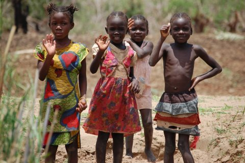 Children from the Goba tribe in Zambia, near the Lower Zambezi National Park. - Photo credits - Bridget Besaw :Brian Richter:TNC