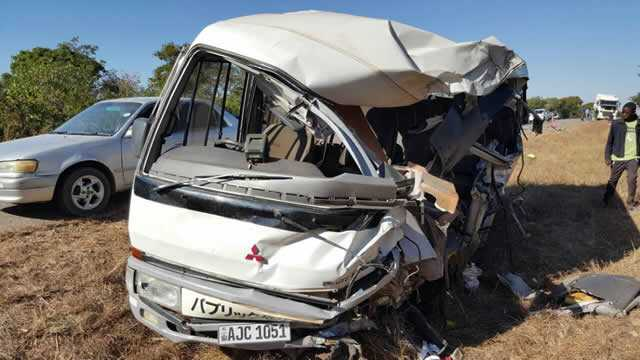 Five pupils and a teacher from Hillcrest Secondary school die in road accident
