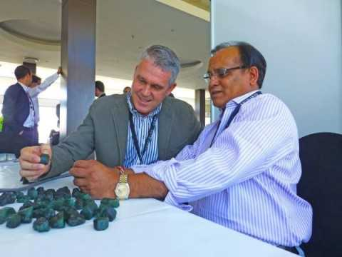GEMFIELDS chief executive officer Ian Harebottle (left) examining pieces of emeralds alongside Vijay Kedia, at the ongoing emerald auction. – Picture courtesy Leangmead and Barker PR consultants