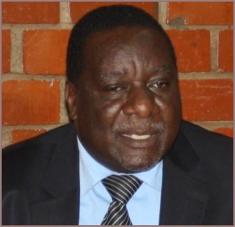Antonio Mwanza reprimands former ministers, opposition