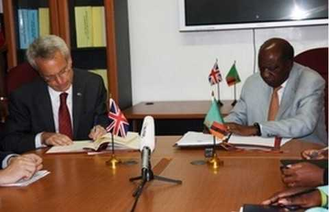 British High Commissioner and Finance Minister sign Double Taxation Agreement