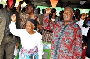President Michael Sata with Mary Lungu (l) during a rally to drum up support for Katuba Constituency PF parliamentary candidate Moses Chilando -Picture by THOMAS NSAMA