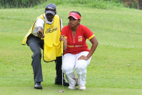 Zambian Melissa Nawa (R)