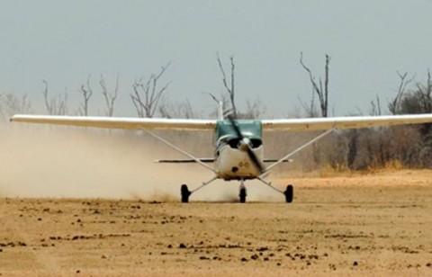 Kamowa Airstrip in Luangwa District