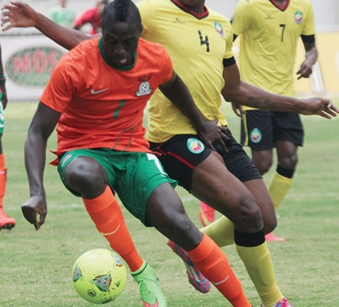 Chipolopolo striker Jacob Mulenga Simao Mate of Mozambique