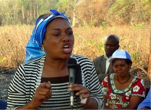 MMD On The Campaign Trail In Kasenengwa, Vitoria Kalima addressing people in Chikungu
