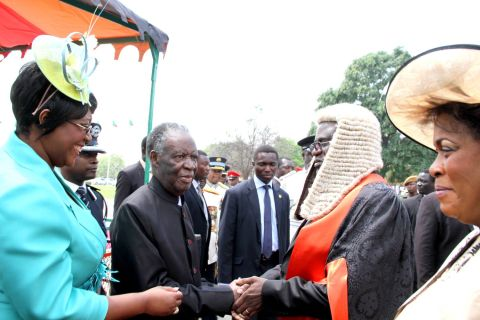 President Sata being welcomed by Speaker of the National Assembly Dr Patrick Matibini during the opening of parliament on September 19, 2014 -Picture by THOMAS NSAMA