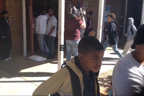 It's a chaotic scene at Hazlehurst Middle School as parents try to pull their children out of class