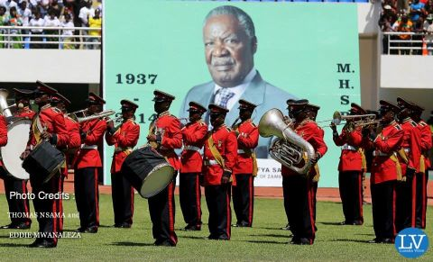 PRESIDENT SATA PUT TO REST IN PICTURES BY EDDIE AND THOMAS ,
