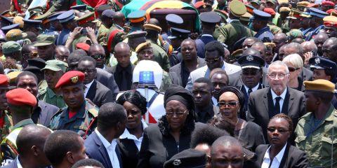arrival of Presidfent Sata's Body at Kenneth Kaunda International Airport from London on November 1,2014