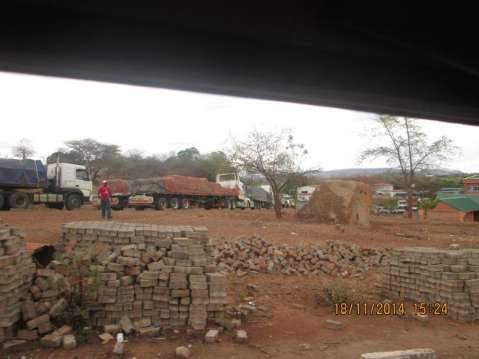 2.3 km truck queue at Chirundu border post