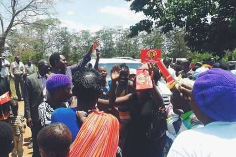 Hakainde Hichilema - Visited Mkushi in Central Province earlier today to meet with supporters. Zambians are hungry for change, and I am committed to doing everything I can to make it happen.