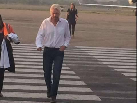 Sir Richard Branson arrives at KKIA and will speak @PangaeaZIC this morning.
