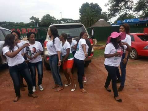 PF ladies in Kalulushi on the Copperbelt whoeing support from fellow ladies