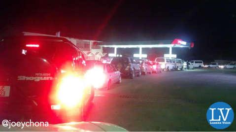 Motorists line up for fuel