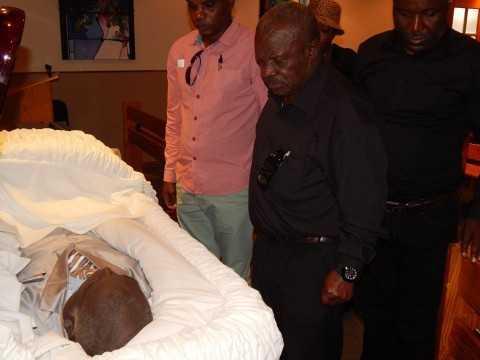 Mr. Willie Nsanda Sr. pays his last respects - Credit Nicky Shabolyo
