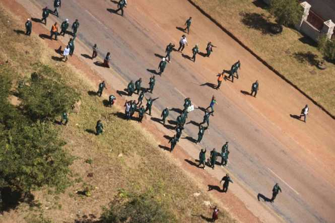 Patriotic Front cadres in Shiwang'ndu district of Muchinga province this afternoon attempted to bring down a helicopter carrying UPND leader Hakainde Hichilema by throwing stones and other objects at the chopper.