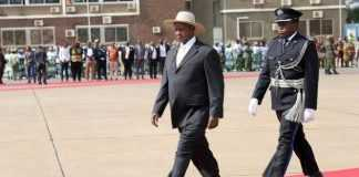 President Yoweri Kaguta Museveni shortly before departure for Uganda at Kenneth Kaunda International Airport on Monday, October 24,2016.